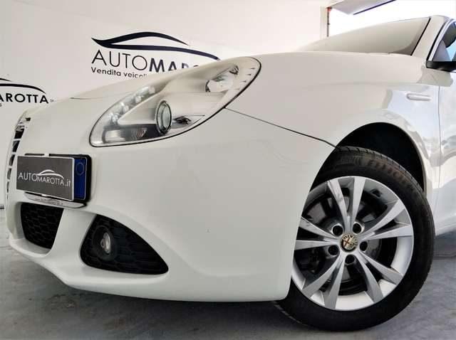 ALFA ROMEO Giulietta 2.0 JTDm-2 170CV Distinctive TAGLIANDATA FIAT Immagine 1