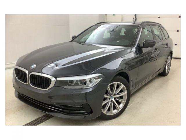 BMW 520 d aut. Touring Sport Immagine 2