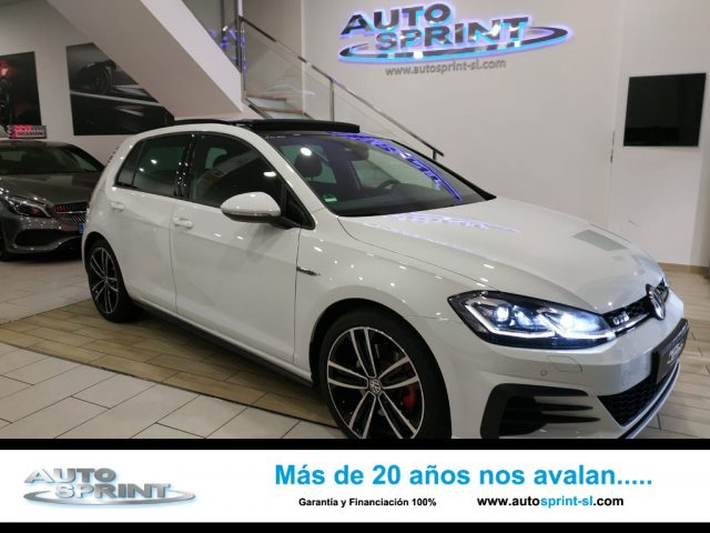 VOLKSWAGEN Golf Blanco metalizada