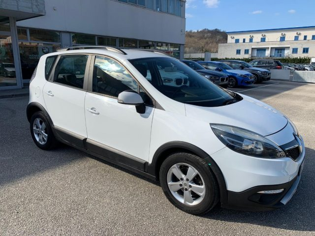 RENAULT Scenic Scénic XMod 1.5 dCi 110CV Start&Stop Wave Immagine 1