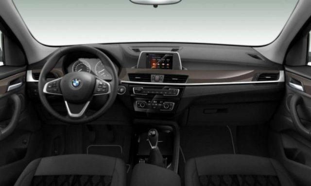 BMW X1 sDrive16d xLine Immagine 3