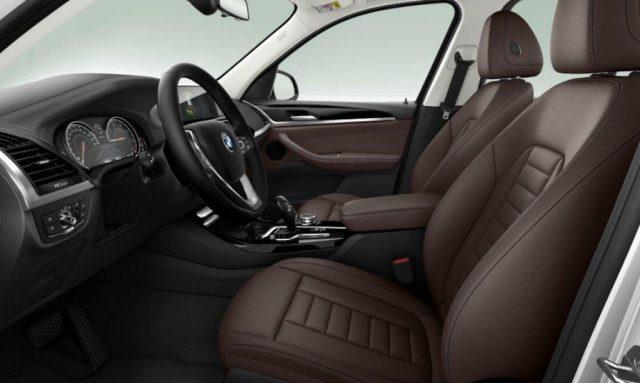 BMW X3 xDrive20d Luxury Immagine 3