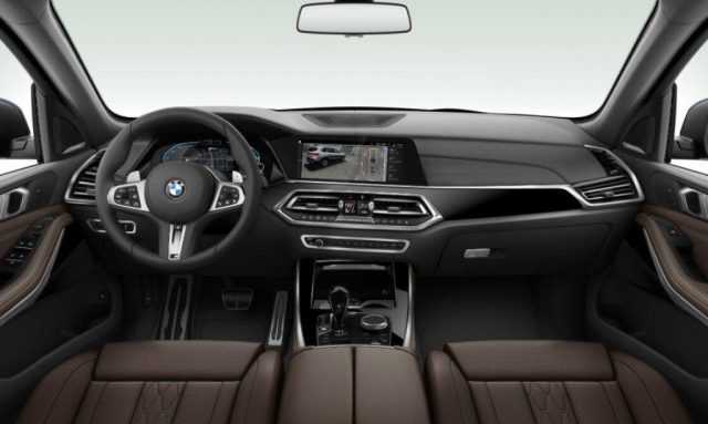 BMW X5 xDrive45e Msport Immagine 3