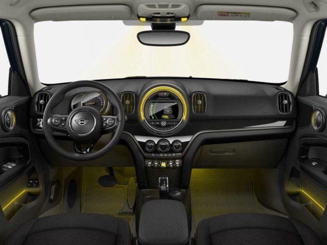 MINI Mini 1.5 Cooper S E Countryman ALL4 Automatica Immagine 1