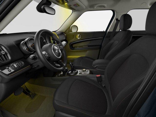 MINI Mini 1.5 Cooper S E Countryman ALL4 Automatica Immagine 2