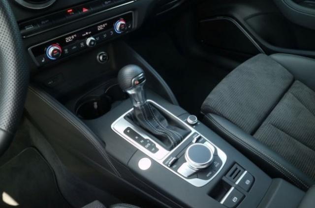 AUDI A3 SPB 2.0 TDI S tronic Sport S Line Immagine 2