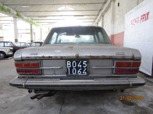 FIAT 130 2800 Immagine 2