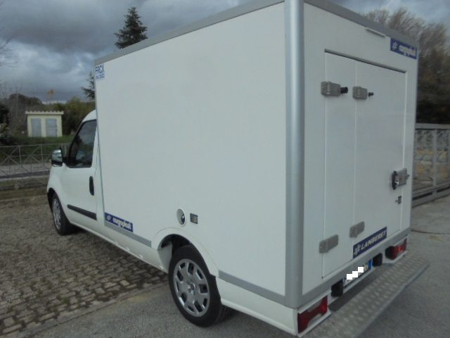 FIAT Doblo Doblò 1.6 MJT Cassonato CASSA ISOTERMICA FRCX Immagine 1