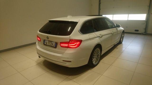 BMW 318 d Touring Luxury Immagine 4