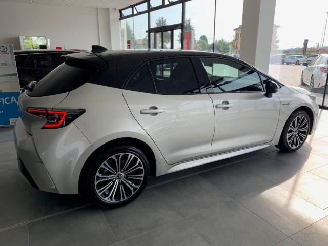 TOYOTA Corolla 1.8 Hybrid Style Immagine 2