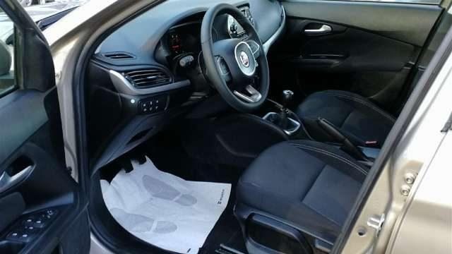 FIAT Tipo 1.6 Mjt CRUISE,CLIMA VARI COLORI .. Immagine 3