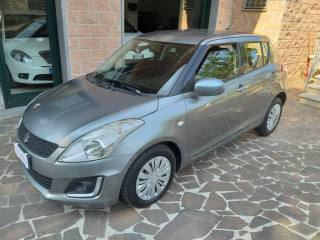 Foto - Suzuki Swift