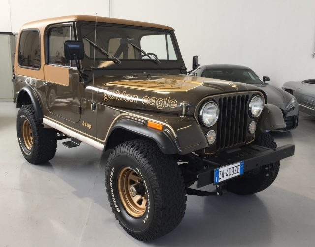 JEEP CJ-7 Marrone pastello