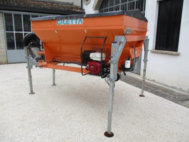 OTHERS-ANDERE Spandisale Giletta  KA2000H Immagine 2