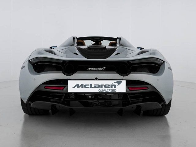MCLAREN 720S Spider - McLaren Milano Immagine 4