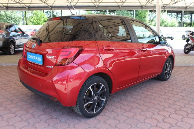 TOYOTA Yaris 1.5 Hybrid 5 porte Trend 'Red Edition' Immagine 3
