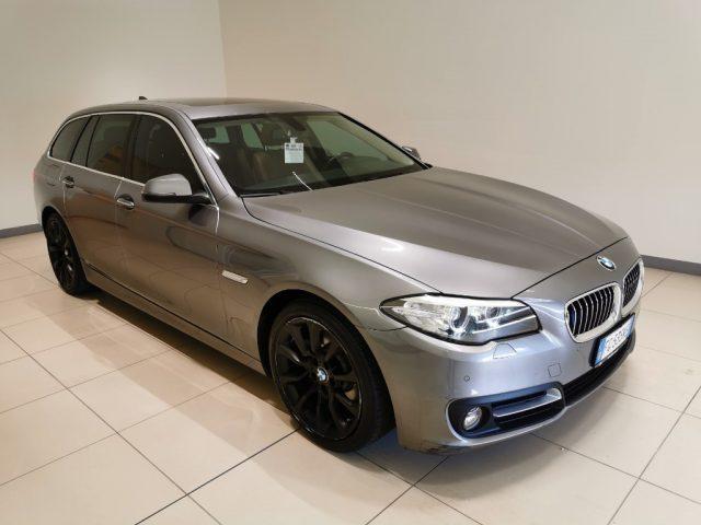 BMW 520 d Touring Luxury Immagine 2