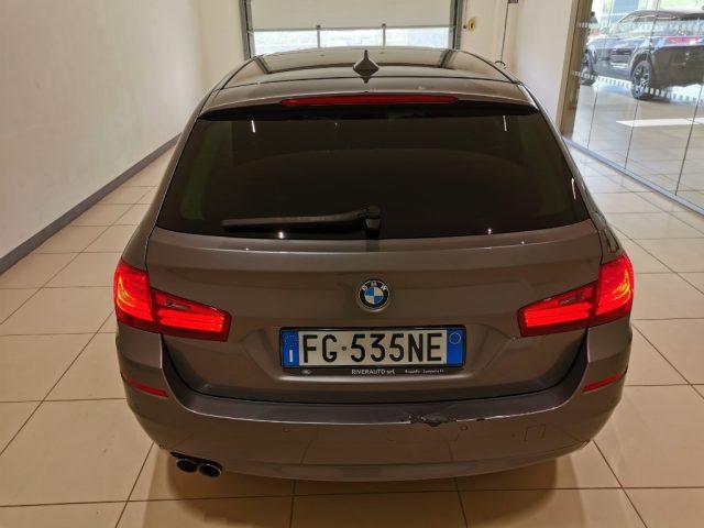 BMW 520 d Touring Luxury Immagine 4