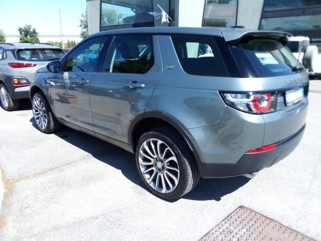 LAND ROVER Discovery Sport 2.2 TD4 S Immagine 3