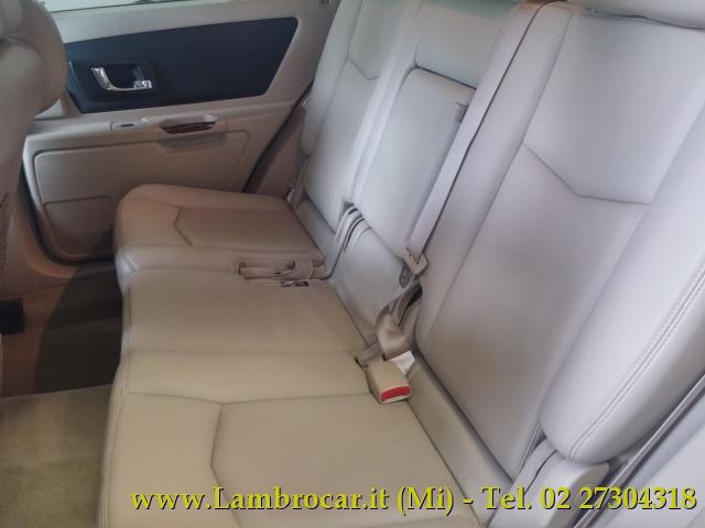 CADILLAC SRX 4.6 V8 aut. AWD Sport Luxury Immagine 3
