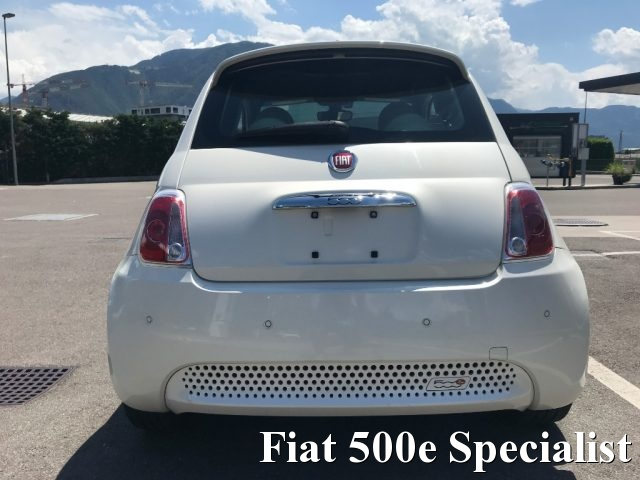 FIAT 500 Abarth FIAT 500e ELETTRICA NUOVA FIAT 500 BEV ABARTH LOOK Immagine 4