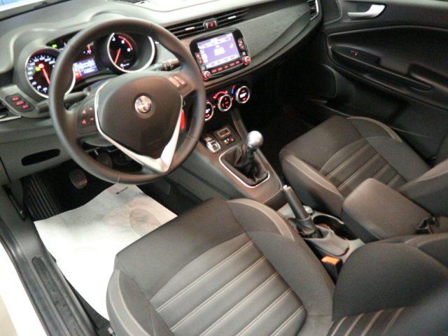 "ALFA ROMEO Giulietta 1.6 JTDm 120 CV NAVI DAB CL 17"" S. PARK ANT/POST Immagine 3"