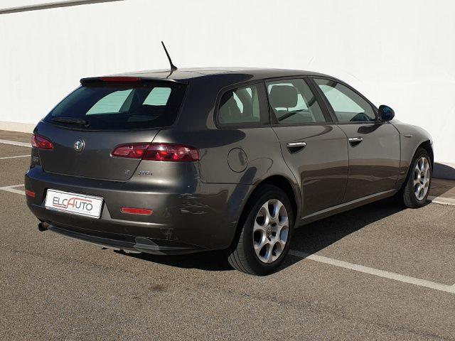 ALFA ROMEO 159 1.9 JTDm 16V Sportwagon Exclusive Immagine 4