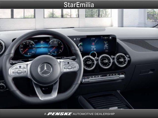 MERCEDES-BENZ GLA 200 d Automatic Premium Immagine 2