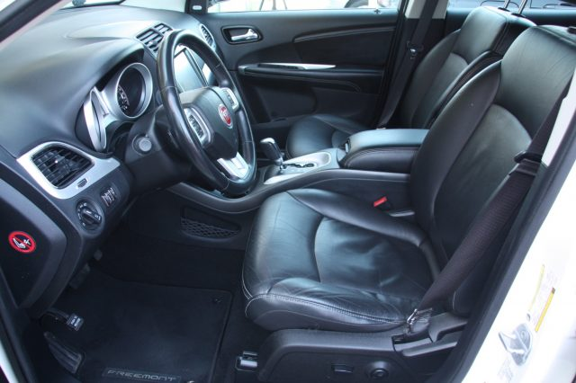 FIAT Freemont 2.0 Mjt 170 CV 4x4 aut. Lounge CERTIFICATI Immagine 4