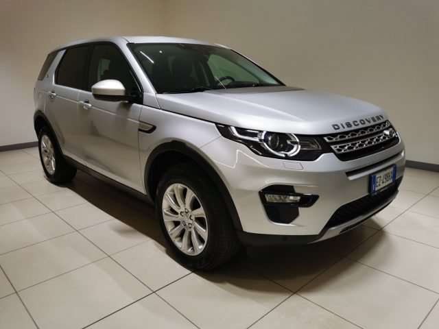 LAND ROVER Discovery Sport 2.2 TD4 HSE Immagine 2