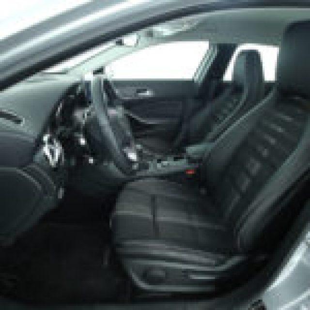 MERCEDES-BENZ GLA 180 Sport:Navigatore:FARI HIGH PERFOMANCE LED Immagine 3