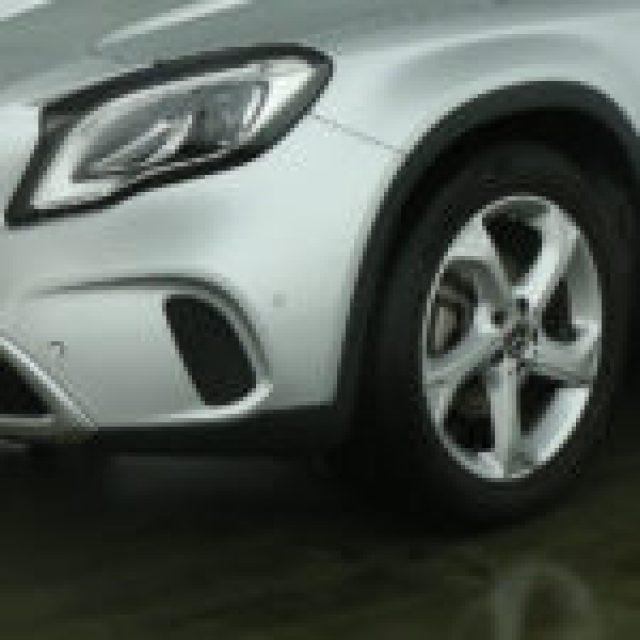 MERCEDES-BENZ GLA 180 Sport:Navigatore:FARI HIGH PERFOMANCE LED Immagine 2