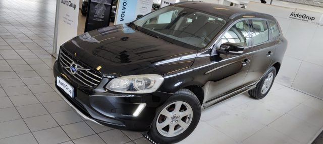 VOLVO XC60 D4 AWD Geartronic Business Immagine 3