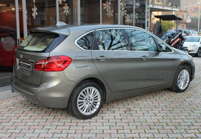 BMW 214 d Active Tourer Luxury Immagine 3