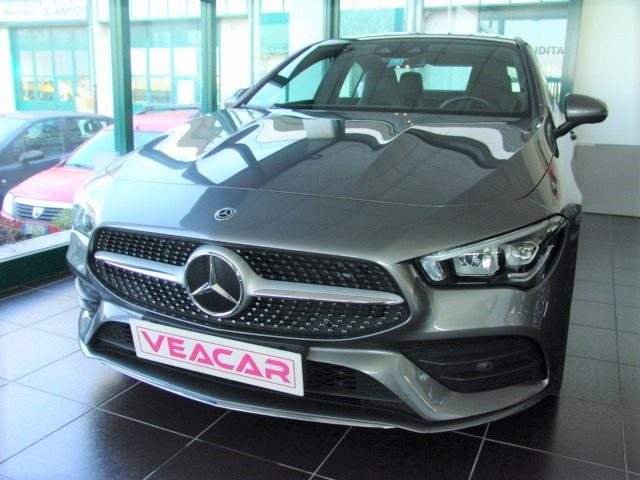 MERCEDES-BENZ CLA 200 Antracite metallizzato