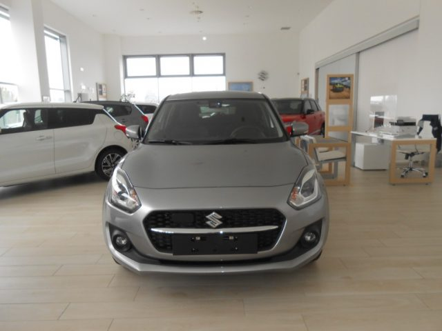 SUZUKI Swift Argento metallizzato