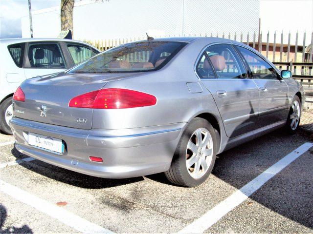PEUGEOT 607 2.7 V6 24V HDi FAP aut. Titanio Immagine 4