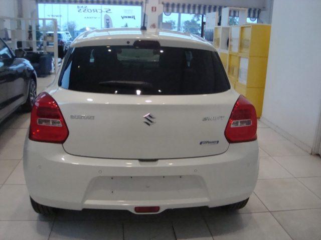 SUZUKI Swift 1.2 Hybrid 4WD AllGrip Top NUOVO CON ROTTAMAZIONE Immagine 2