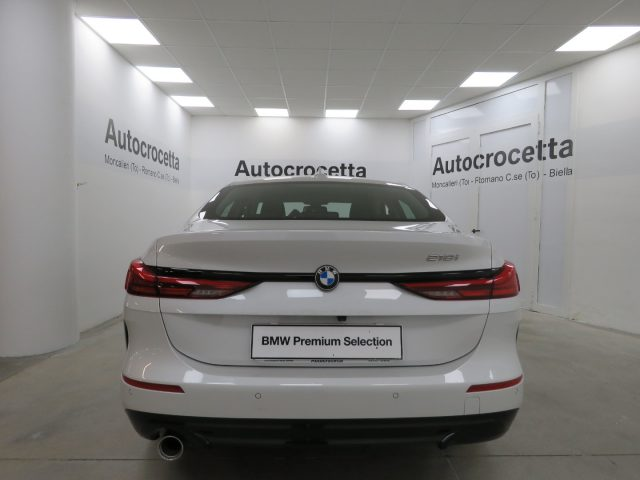 BMW 218 i Gran Coupé Sport Auto Immagine 4