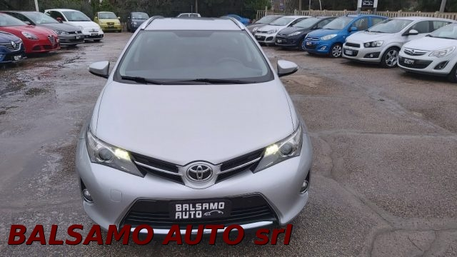 TOYOTA Auris Touring Sports Argento metallizzato
