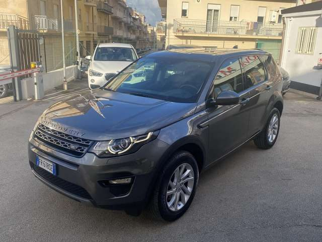 LAND ROVER Discovery Sport 2.0 TD4 150 CV SE Immagine 2