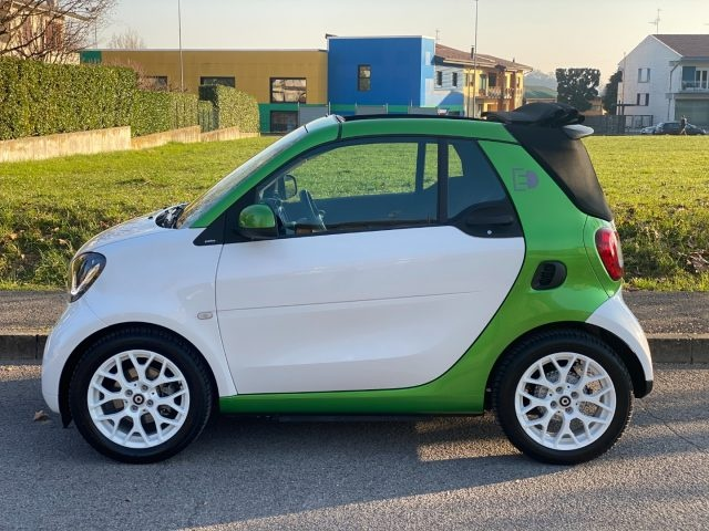 SMART ForTwo electric drive cabrio Passion IVA ESPOSTA Immagine 1