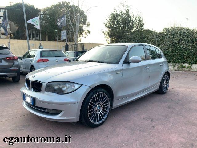 BMW 118 118d cat 5 porte C.AUT Immagine 2