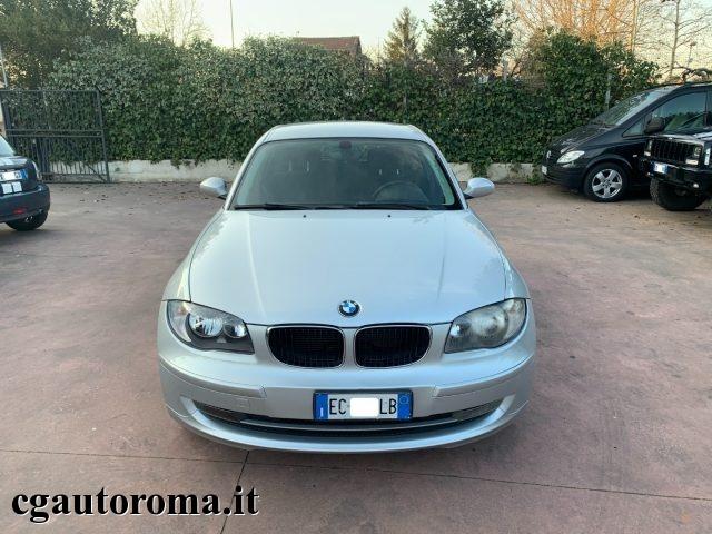 BMW 118 118d cat 5 porte C.AUT Immagine 1