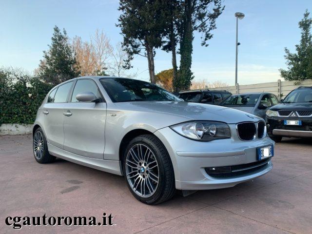 BMW 118 118d cat 5 porte C.AUT Immagine 0