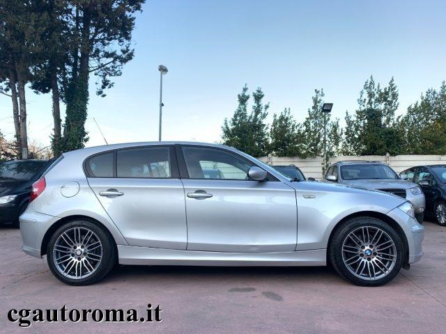 BMW 118 118d cat 5 porte C.AUT Immagine 3