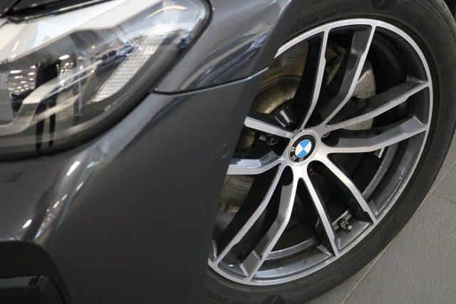 BMW 520 D XDrive 48V MSPORT HYBRID MY 2021 gancio traino Immagine 2