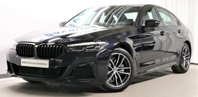 BMW 520 D XDrive 48V MSPORT HYBRID MY 2021 gancio traino Immagine 0