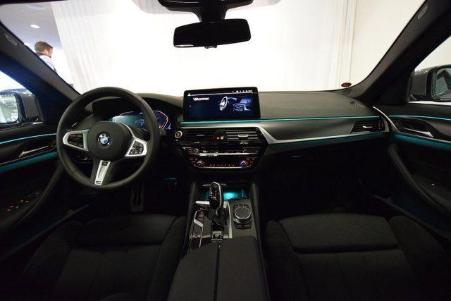 BMW 520 D XDrive Touring 48V MSPORT HYBRID MY 2021 gancio Immagine 4