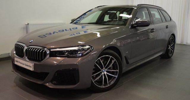 BMW 520 D XDrive Touring 48V MSPORT HYBRID MY 2021 gancio Immagine 0